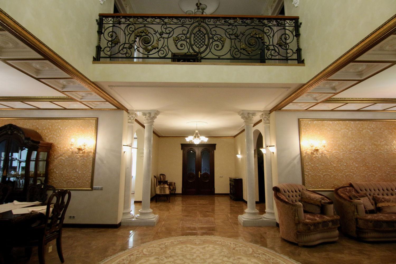Коттедж. Холл- 1 этаж
