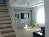 Гостиная в коттедже, 2 этаж. Визуализация и фото.