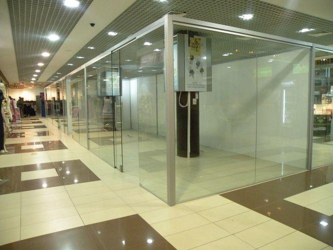 Закаленное стекло - необходимая составляющая современного интерьера