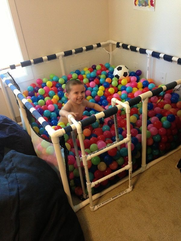 Сухой бассейн для мячиков