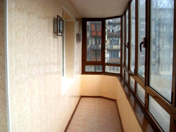 Пластиковые панели – оптимальный выбор для ремонта балкона