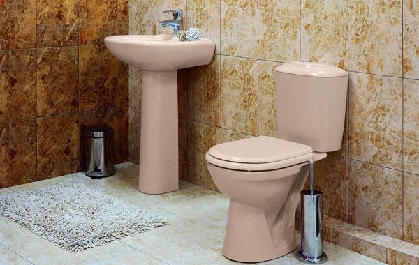 Цветной унитаз – стильное решение для ванной комнаты