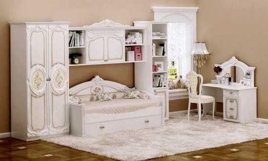 Выбираем классическую спальню для загородного дома
