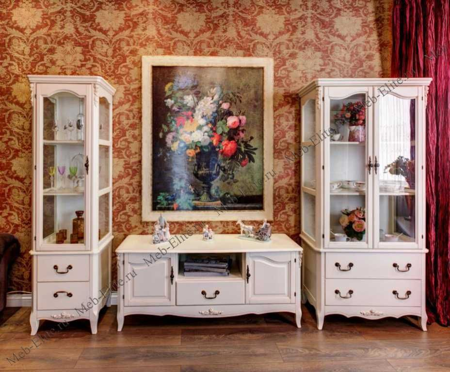 Как подобрать в гостиную белую мебель?