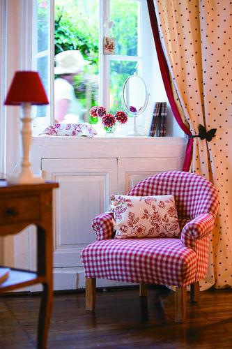Аксессуары и мебель в стиле прованс
