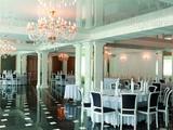 Интерьер ресторана в греческом стиле