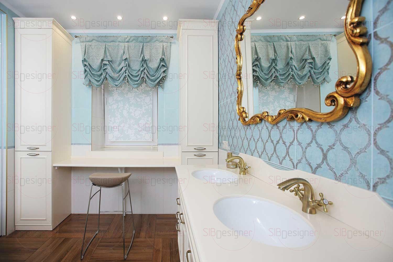 В санузле супругов расположена большая ванна, наполненная свежим оттенком бирюзы, который подчеркнут акцентами в оттенке золота.