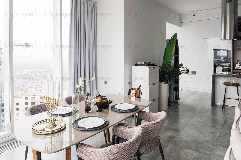 Пол во всей квартире выполнен из керамогранита и оснащен системой «теплых полов» – в поддержку основной системе отопления.