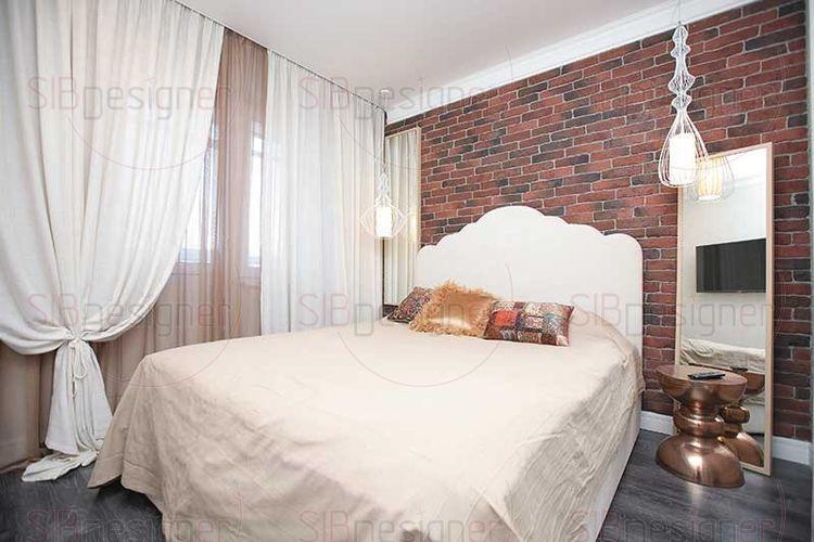 Стена отделаная декоративным кирпичом