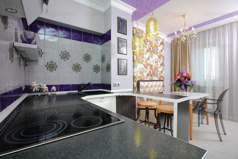 Кухня представляет собой пространство, композиционно разделенное на две части – место для приготовления пищи и столовую