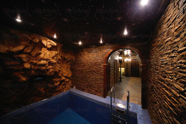 Еще один зал представляет собой имитацию европейской улочки с каменным мощением