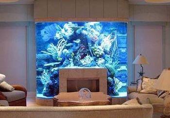 Камин с аквариумом