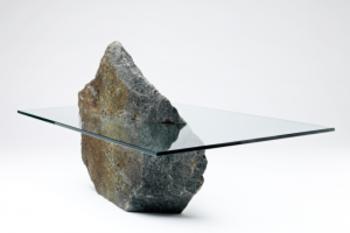 Стекло и камень
