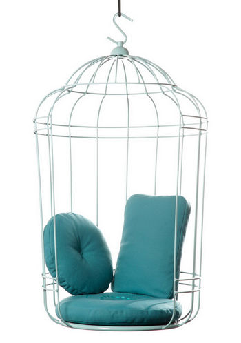 Как птичка в клетке
