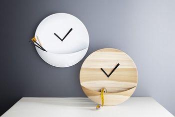 Часы с кармашком