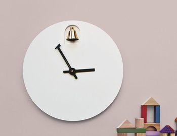 Часы с колокольчиком