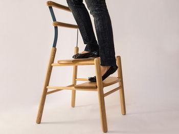 И стул, и лестница