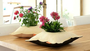 Цветы в подушках