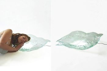 Стеклянная подушка