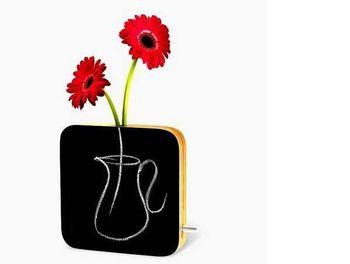 Записки на вазе
