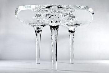 Тающий стол